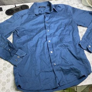 Axist Small Long Sleeve Collared Button Up Top